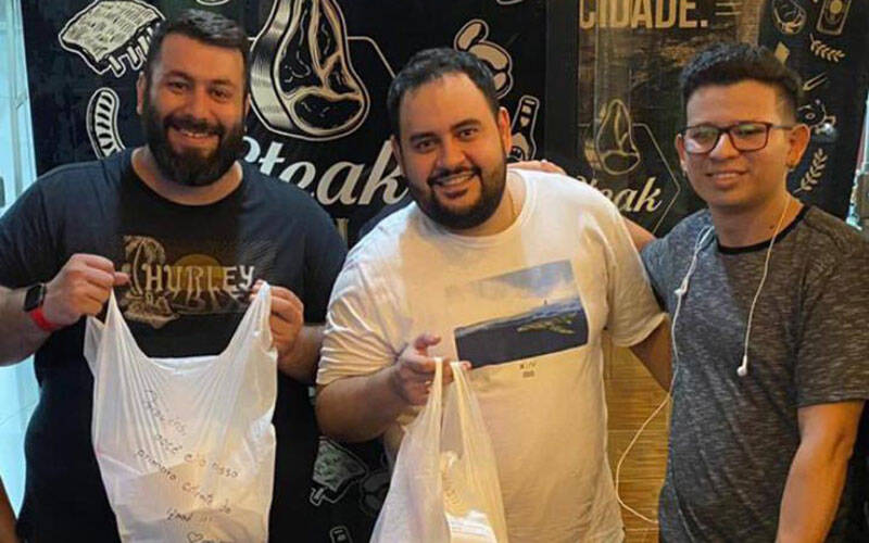 Ian Affonso e Márcio Costa entraram com o Steak 444 no iFood, aproveitando a decolagem célere do delivery de alimentos